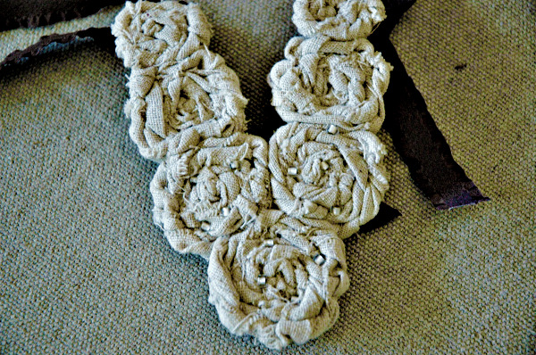 Linen flower necklace