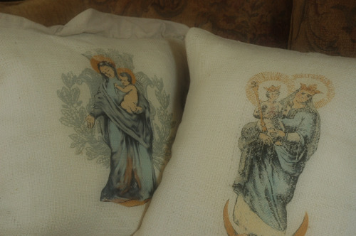 Madonna pillows
