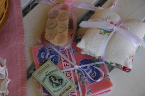 Vintage_sewing_and_sachets